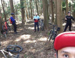 明日朝一は山サイクリング!