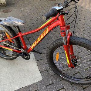 スペシャライズド2020 キッズバイク!