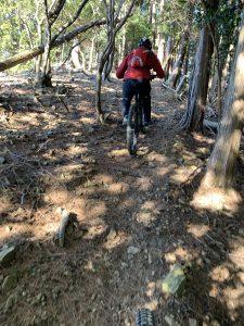 朝からお山サイクリングへ!